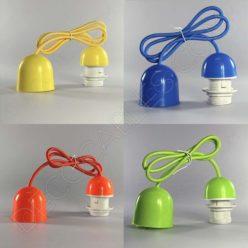 Lámparas colgantes para pantallas en suspensión con cable textil a juego