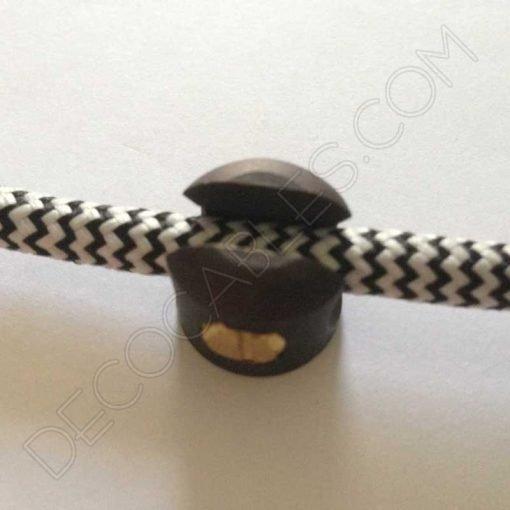 Sujeción metálica para cables color anticuario