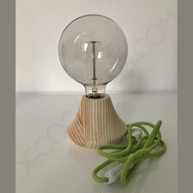 L mpara de mesa artesanal de madera modelo cono for Modelos de lamparas