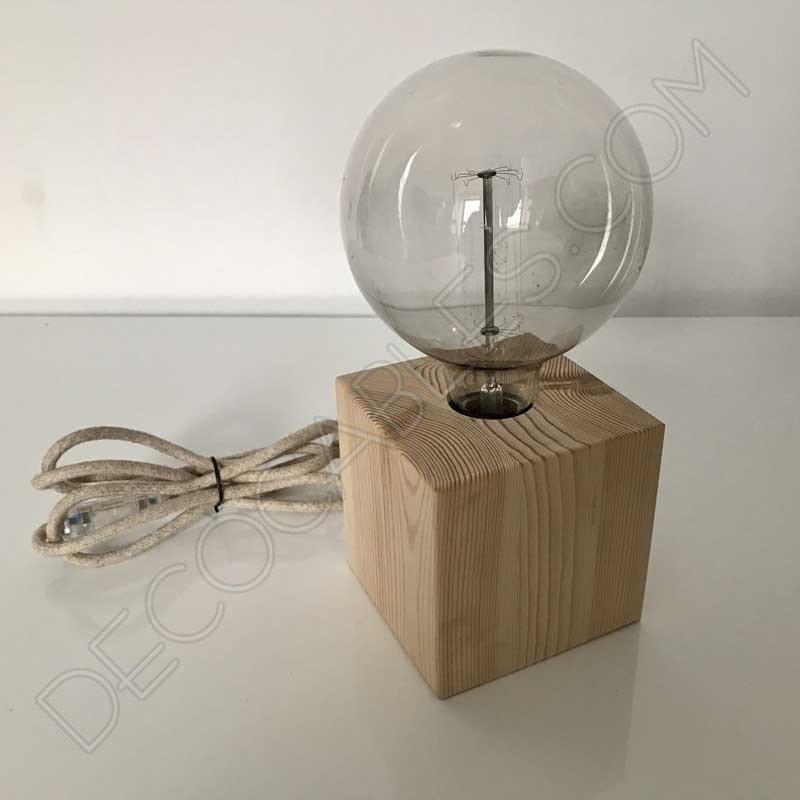 L mpara de mesa artesanal de madera modelo cuadrado for Lamparas de mesa de madera