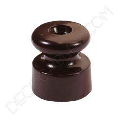 Aislador de porcelana marrón para cables trenzados