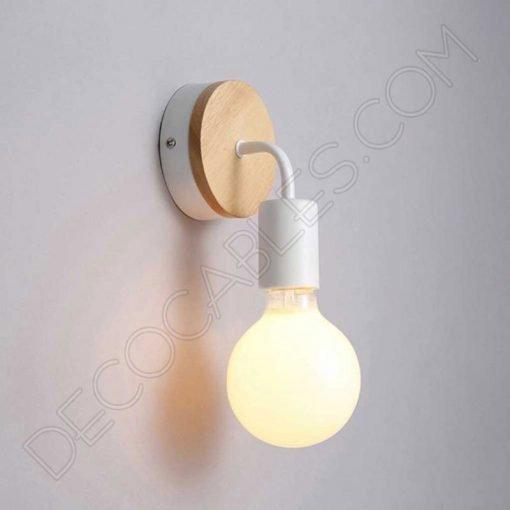 Lámpara aplique de pared de metal y madera en blanco