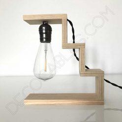 Lámpara de sobremesa de madera modelo escalier