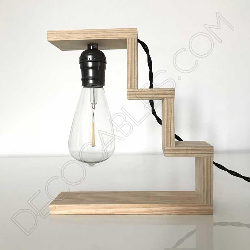 L mpara de sobremesa de madera modelo escalier al mejor precio for Modelos de lamparas