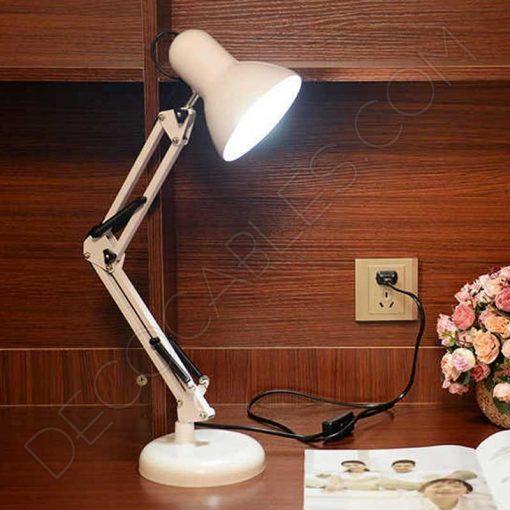 Flexo de escritorio articulable Antígona color blanco
