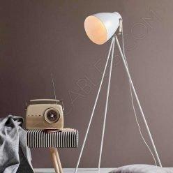Lámpara de pie modelo trípode