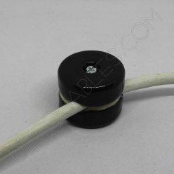 aislador de porcelana negro para cable redondo textil o de silicona